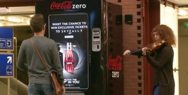 coca cola zero unlock the 007 in you Coca Cola Sosyal Otomat Unlock The 007 In You